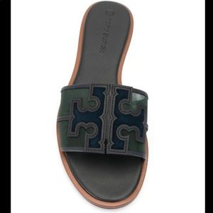 Tory Burch malachite perfect navy sandal size 10